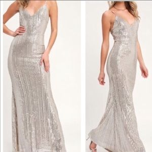 NWT LULUS MOONLIGHT SILVER SEQUIN EVENING GOWN